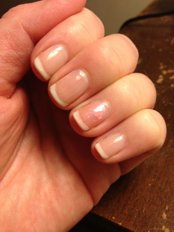 "A ""Minnie"" French Manicure"
